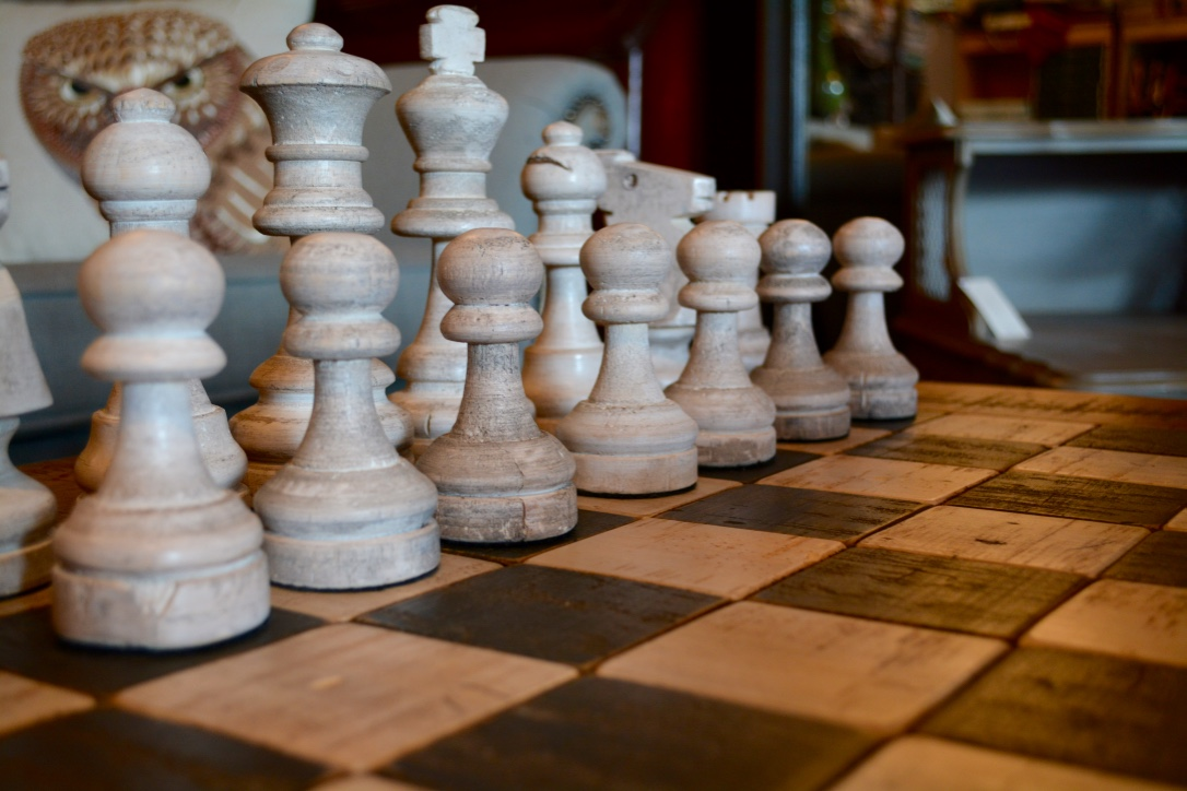 Hand crafted chess table chess pieces arthaus150 for Hand crafted chess set